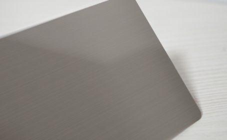 金属風(?!) プラスチックカード登場!